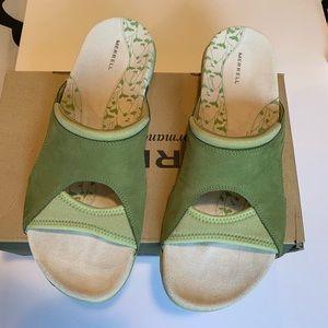 MERRELL - green sandals